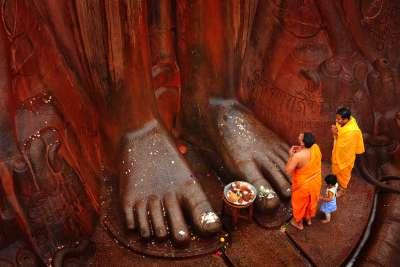 HOLINESS, Byakod  H S , India