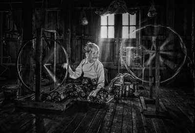 Spinning, Deng  Wendy , Australia
